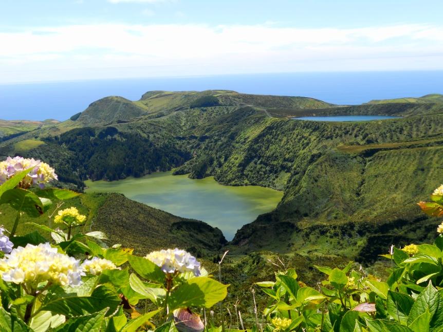 Lagoas Funda e Rasa - Flores
